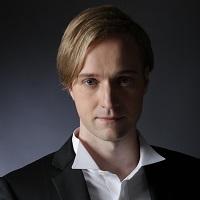 ヴィタリ・ユシュマノフ(200x200).jpg