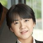 Ushida2 c)_Ayako_Yamamoto_衣装提供_?_オンワード樫山 (140x140).jpg